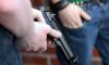 Двое кавказцев, угрожая оружием, ограбили жительницу Ленобласти на 2,7 миллиона рублей