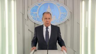 """Лавров рассказал о переговорах с Баку по производству """"Спутника V"""""""