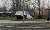 """Каршеринг """"завис"""" над рекой на перекрестке Красина и Андреевской"""
