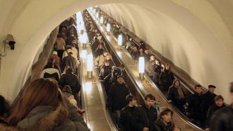 12 пассажиров петербургского метро ранены осколками плафона