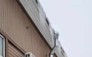 В Выборге проверили уборку придомовых территорий и крыш