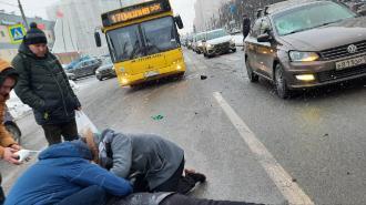 На Коломяжском шоссе сбили пешехода