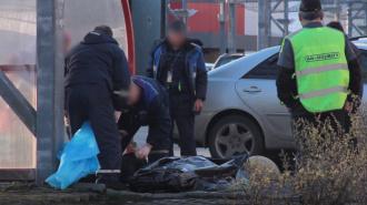 На Канонерском острове нашли труп женщины в вязаном платье и шарфе