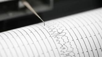 При землетрясении в Индонезии погиб человек