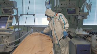 В Смольном сообщили о нестабильном снижении распространения коронавируса