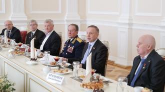 В Петербурге более 460 тыс. ветеранов труда получат соцвыплаты