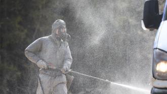 Военные химики ЗВО обработали сборные пункты Военных комиссариатов Ленобласти
