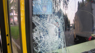 Пьяный петербуржец попал под автобус на Благодатной