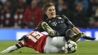 У Швайнштайгера могут отнять титул лучшего футболиста года