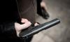 Вооруженный пистолетом небритый кавказец ограбил бар на проспекте Просвещения