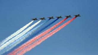 Над Петербургом проходит репетиция воздушного парада ко Дню Победы