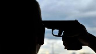 В Пушкине мужчина пытался застрелить главу фирмы за долг по зарплате