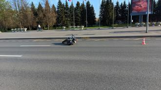 Мотоциклист сбил пенсионера на проспекте Непокоренных