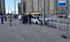В Петербурге легковушка врезалась в такси и сбила двух пешеходов