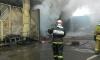Дым от пожара на складе с краской в Петербурге может оказаться ядовитым