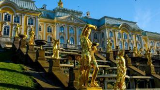 Петербуржцам пообещали жаркий август