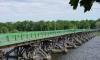 В Петербурге катер врезался в опору моста, пострадали женщина с ребенком