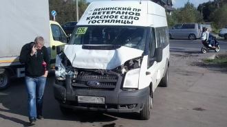 Пять человек едва не погибли в ДТП в Петербурге