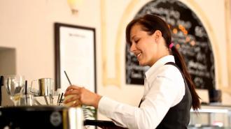 В Петербурге вырос спрос на персонал ресторанов и гостиниц