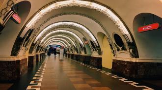 """Житель Адмиралтейского района предупредил о готовящемся """"взрыве"""" на двух станциях метро"""