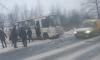 На Московском шоссе маршрутка почти ушла в кювет
