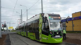 """Трамвай """"Чижик"""" отмечает годовщину своего появления в Петербурге"""