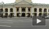 В Петербургском Гостином дворе открылась церковь: мнения горожан