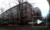 Жуткое видео: человек поджег автомобиль и случайно подпалил себя