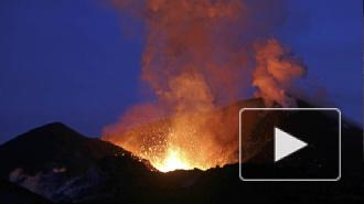 Началось извержение крупнейшего в Японии вулкана Асо