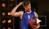 """Форвард """"Зенита"""" превращает болельщиков в баскетболистов"""