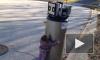 Смешное видео: маленькая девочка призналась в любви сломанному водонагревателю