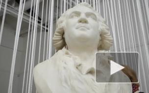 В Петербурге с помощью оперы оживили 150 уникальных скульптур