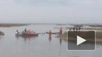 Под Кронштадтом упал самолет: видео