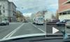 Видео: у Покровской больницы вновь собралась очередь из машин скорой помощи