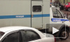 Грабитель без препятствий унес выручку из магазина в Колпине