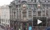 Видео петербургского руфера, пересекающего Невский проспект на высоте по проводам, заворожило горожан