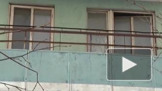 Мальчик в Петербурге выпал с пятого этажа и остался жив