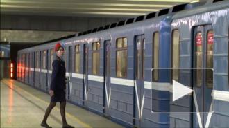 """На станции метро """"Московская"""" умерла пассажирка"""