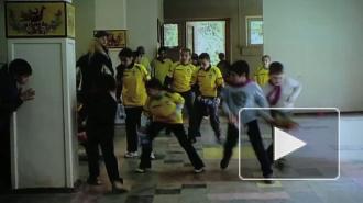 Милиция на входе, пироги внутри. Власти Приморского «мега-района» отчитались