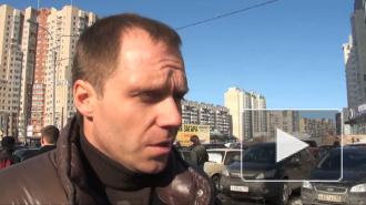 Извини, подвинься! Принудительная эвакуация бренд-мобилей в Приморском районе