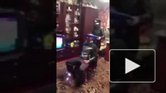 Курск: Жаркий стриптиз в присутствии маленького ребенка заинтересовал следком