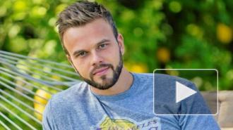 Холостяк, 2 сезон на ТНТ: Максим Чернявский спаивает участниц шоу