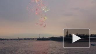 День Победы 9 мая в Петербурге отметили грандиозным салютом