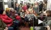 """В первый день весны петербургское метро охватила """"Пеппимания"""""""