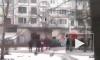 На Заневском пожарные по лестнице забирались в горящую квартиру на девятом этаже