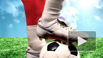 В Москве на 10-летнего мальчика упали футбольные ворота, ребенок погиб