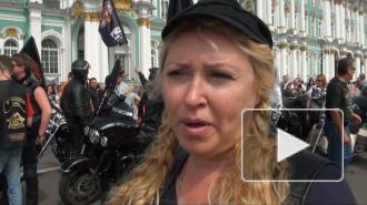 Сотни байкеров на Harley-Davidson открыли мотопробег в центре Петербурга