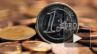 Курс доллара и евро снова пошел вверх. ЦБ не собирается снижать ключевую ставку