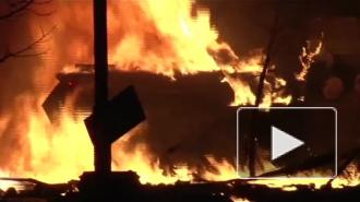 Киев в огне: протестующие захватывают здания администрации и жгут машины