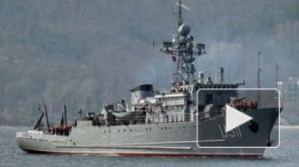 Крым, последние новости: тральщик Черкассы поднял флаг РФ, корабли Украины сдались, флаги России во всех украинских частях, самооборона Севастополя распущена